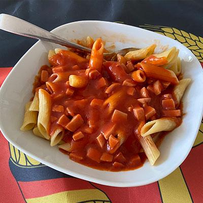 DDR Tomatenso�e mit Makkaroni-Nudeln